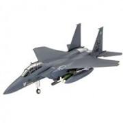 Model Set Revell Avion F-15E Strike Eagle & Bombs
