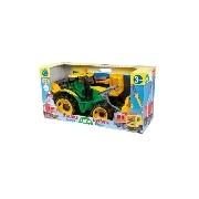 Traktor lapáttal és markolóval