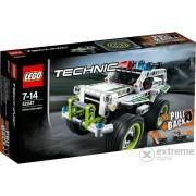 LEGO® Technic Interceptorul Politiei 42047