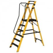 Werner 6 Tread Fibreglass Platform Stepladder