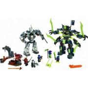 Set Constructie Lego Ninjago Lupta Robotului Titan