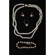 Perlová souprava šperků