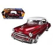 Motormax 1:18 1950 Chevrolet Bel Air Vehicle, Burgundy
