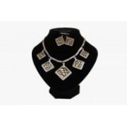Soupravy bižuterie náhrdelník a náušnice koso přívěsky 2961 Stříbrná černé čáry 2961