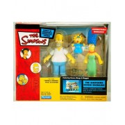 Simpsons - House Diorama featuring Homer, Marge and Maggie (Simpson) Figures