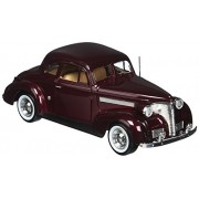 1939 Chevrolet Coupe Diecast Car Model 1/24 Burgundy Motormax