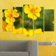 Декоративeн панел за стена с жълти горски цветя и пчеличка Vivid Home