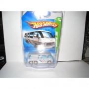 Hot Wheels 2009 Trea$ure Hunt$ (Super Treasure Hunts) GMC MOTORHOME 1:64 Scale