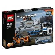 Конструктор LEGO Technic Терминал контейнерный