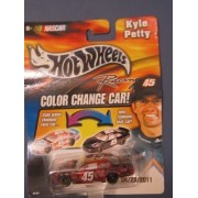 2003 Kyle Petty #45 Georgia Pacific Brawny Dixie Color Changer Car Hotwheels 1/64 Scale Diecast Cold Temperature To Warm Temperature Changes Color by Hot Wheels