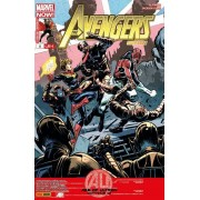 "( The ) Avengers Universe N° 6 ( Age Of Ultron ) : "" Comme Par Magie "" ( Avengers Assemble - Captain America - Fearless Defenders - Indestructible Hulk - Thor : God Of Thunder )"