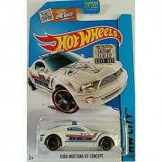 2015 Hot Wheels Factory Sealed Set Exclusive Hw City - Ford Mustang GT Concept (White)