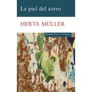 La piel del zorro / The Fox Was the Hunter by Herta M