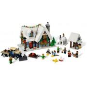 10229 Winter Village Cottage