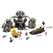 LEGO® BATMAN™ Patrunderea in Batcave - L70909