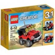 LEGO® Creator Maşini de curse de deşert 31040