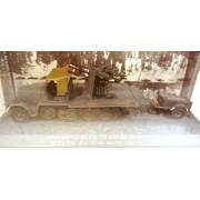 Macheta Camion tun antiaerian Sd.Kfz 7/1 cu remorca, 1:72