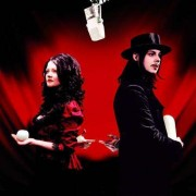 The White Stripes - Get Behind Me Satan (0634904019129) (1 CD)
