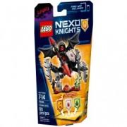 LEGO® NEXO KNIGHTS™ SUPREMA Lavaria 70335