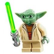 Lego Star Wars Yoda Minifigure (2013)