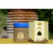 Pepř v medu-podporuje činnost střev, při špatném trávení a nadýmání, při nachlazení