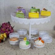 Suport pentru tort si briose, model dantelat cu imprimeu trandafiri