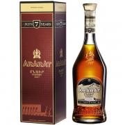 Ararat 7 ani 0.7L
