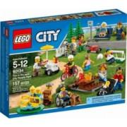 LEGO CITY - DISTRACTIE IN PARC: OAMENII ORASULUI 60134
