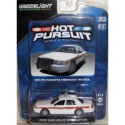 Greenlight Hot Pursuit 2008 FORD POLICE INTERCEPTOR South Dakota Highway Patrol Series 6 1:64 Scale Car and Card