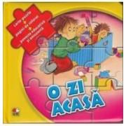 O zi acasa - Carte-Puzzle + Pagini de colorat + Poveste educativa si amuzanta