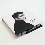 Elvis füzet ceruzával