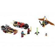 LEGO Urmarirea Ninja cu motocicleta (70600)