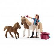 Schleich Paardenverzorgster met Shetland Pony