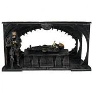 Alien Vs. Predator Deluxe Box Set: Birth of the Hybrid
