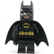 LEGO Super Heroes DC Universe Black Batman Minifigure with Batarang (Traditional Head)
