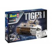 Revell Gift Set 75 years Tiger I. tank makett 5790
