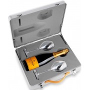 Veuve Clicquot Brut Geanta Cu 2 Pahare 0.75L