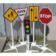 Qtoys Set of Traffic Lights