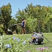 Hozelock макара с 20 м градински маркуч за напояване