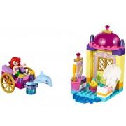 LEGO Trasura cu delfini a lui Ariel (10723)