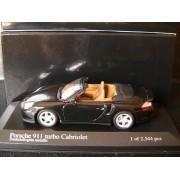 Porsche 911 996 Turbo S Cabriolet 2003 Dunkelolivegrun Metal Minichamps 400062732 1/43-Minichamps
