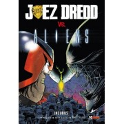 Juez Dredd vs. Alien by Andy Diggle