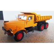 Camion bena basculanta KrAz 256, 1:43