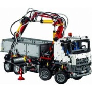Set Constructie Lego Technic Mercedes-Benz Arocs 3245