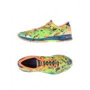 ASICS GEL-NOOSA TRI 11 - CHAUSSURES - Sneakers & Tennis basses - on YOOX.com