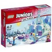 Конструктор ЛЕГО Джуниърс - Замръзналата площадка на Анна и Елза, LEGO Juniors, 10736