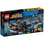 LEGO® Super Heroes DC UNIVERSE Urmărirea în portul Batboat 76034