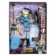 Monster High Papusi Plimbarete Frankie Stein Y7661