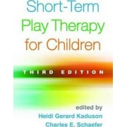Short-Term Play Therapy for Children by Heidi Gerard Kaduson