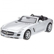 Maisto 1:24 Scale Mercedes-Benz SLS AMG Roadster Diecast Vehicle (Colors May Vary)